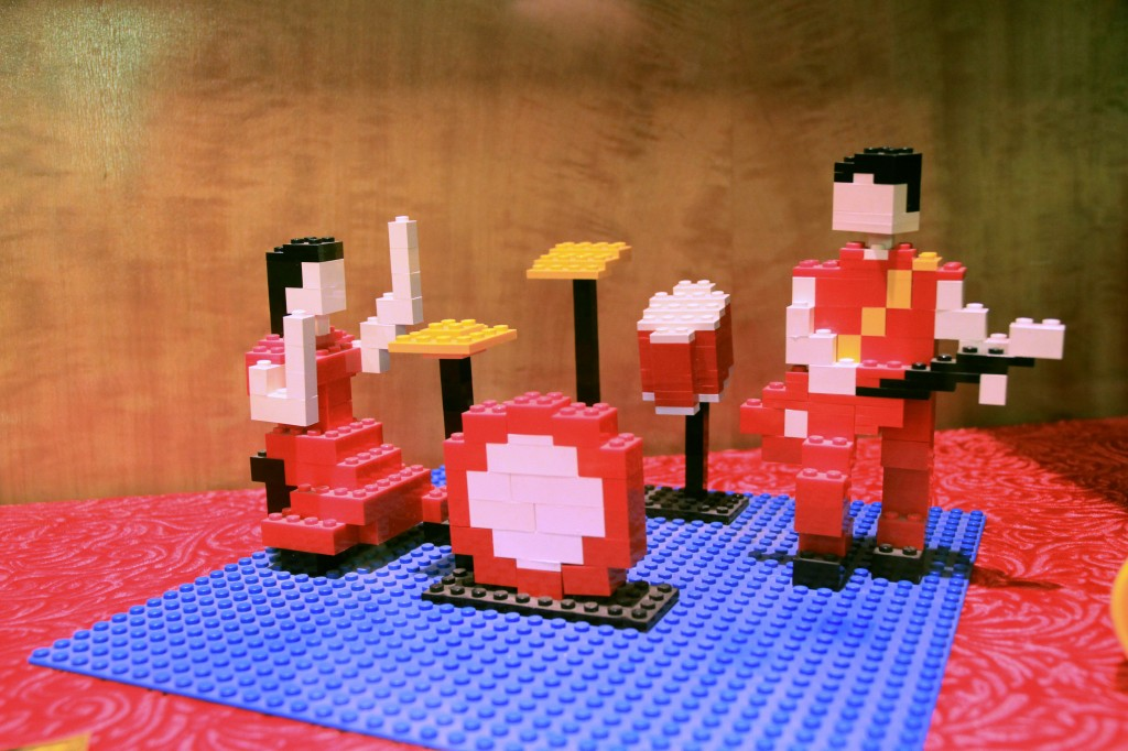 Legos from Gondry's 'Fell in Love With a Girl' video.